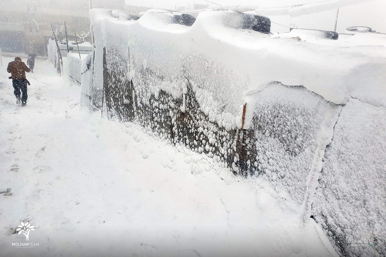 الائتلاف الوطني يطالب بتقديم لوازم التدفئة للنازحين واللاجئين في ظل موجة البرد القارس