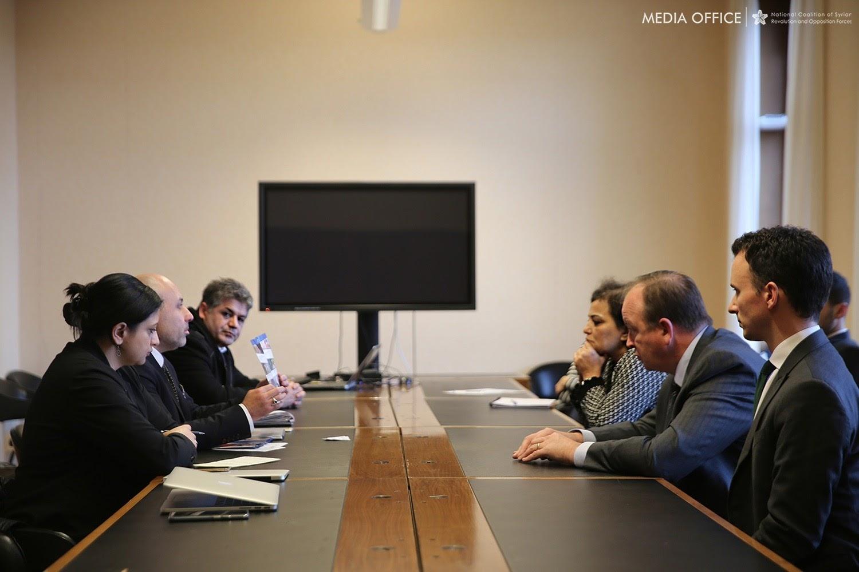 وفد الائتلاف يلتقي فريق المبعوث الأممي في جنيف ويطالبه بأخذ دوره في تطبيق القرار 2254